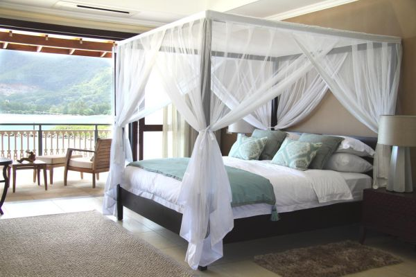 eden-island-villa-bedroom7EFEBFEA-73E8-87EA-A2C4-3DEE4C68CAF0.jpg
