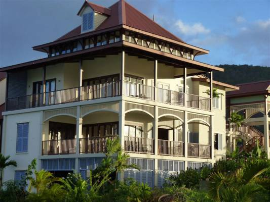 Holiday Apartments Available from Eden Island