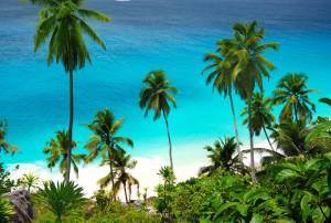 5 Reasons To Sail Around The Seychelles Islands
